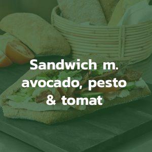 Sandwich med avocado pesto og tomat
