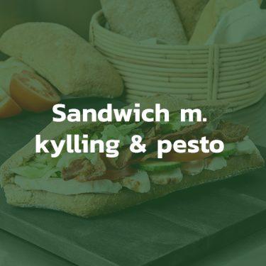 Sandwich med kylling og pesto
