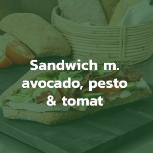 Sandwich med avocado pesto og tomat