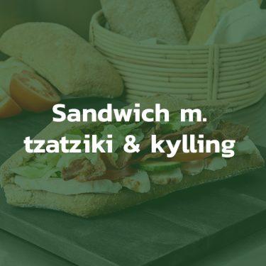 Sandwich med tzatziki og kylling